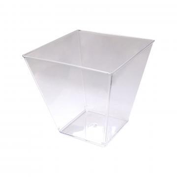 Cupa pentru desert din plastic patrata de la GM Proffequip Srl