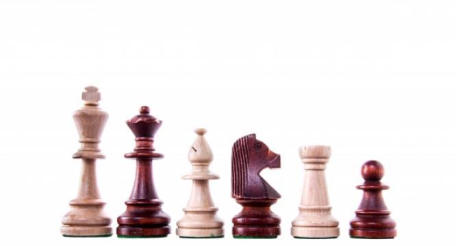 Piese sah lemn Staunton 6 in punga de plastic de la Chess Events Srl