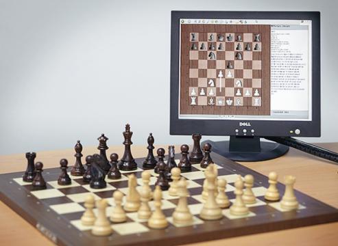 Tabla de sah electronica DGT (USB) rosewood/piese Timeless de la Chess Events Srl
