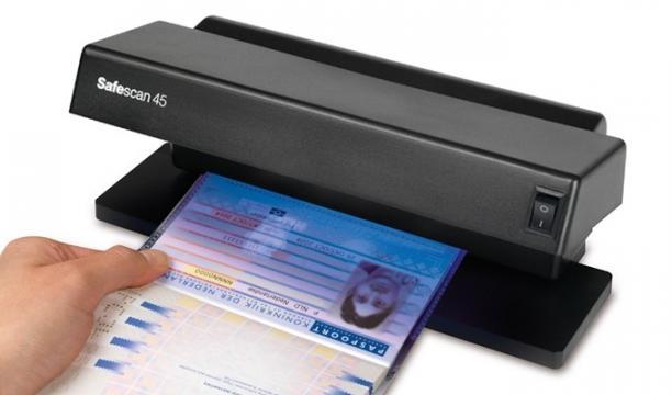 Verificator de bancnote Safescan 45 de la Fiscal Systems