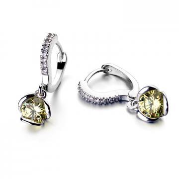 Cercei din argint placati cu platina Luxurious Yellow de la Luxury Concepts Srl
