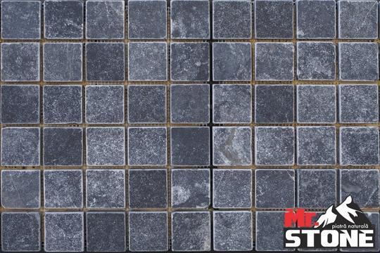 Mozaic Black Dark tumbled 2,3 x 2,3cm de la Antique Stone Srl
