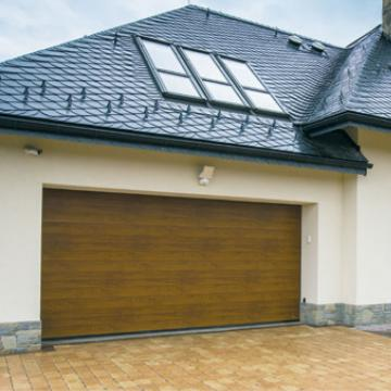 Usa de garaj Optimal 40, stejar auriu 3000x2125