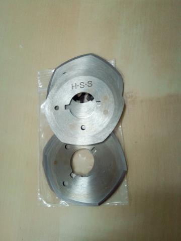 Disc/cutit hexagonal pentru curis RS-50 de la Senior Tex