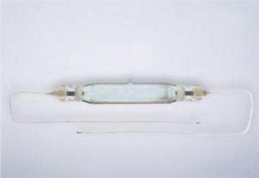 Lampi infrarosii HPM 15 de la Sfera Global Trading Srl