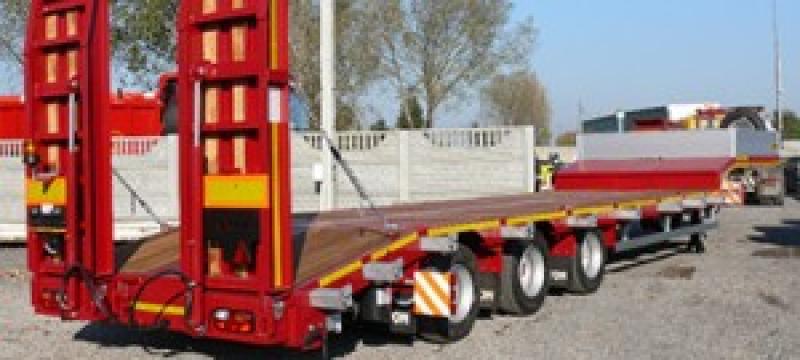 Transport trailere sau platforme deschise de la Vam Sofi Trans Srl