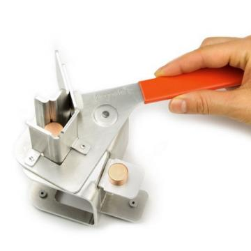Separator de magneti neodim de la Arca Hobber Srl