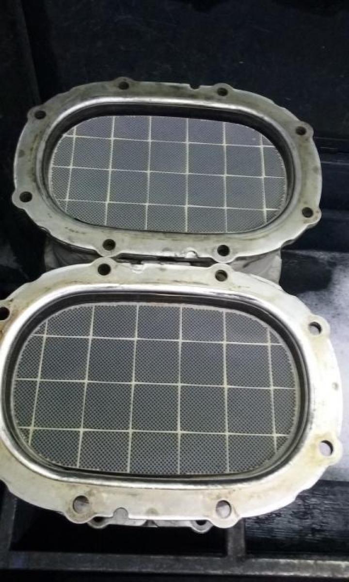Curatare filtru de particule stivuitor