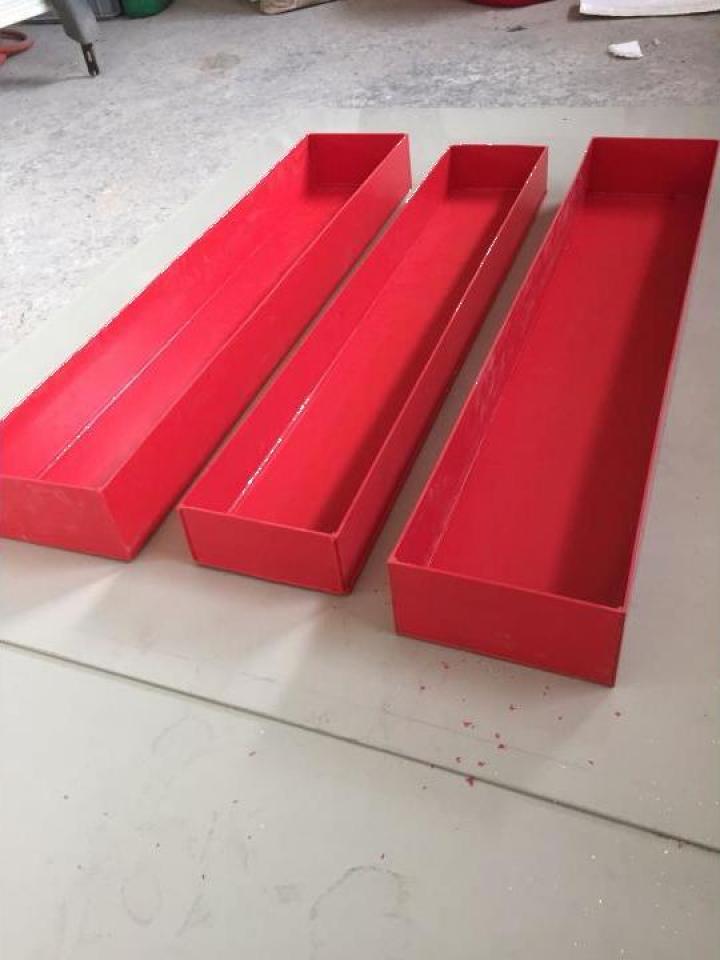 Cutii depozitare culoare rosie