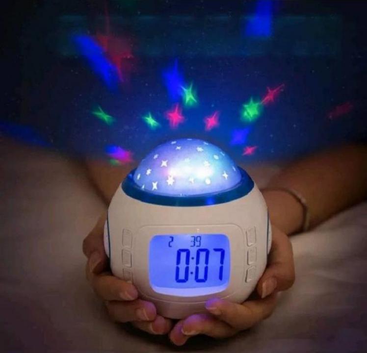 Lampa veghe ceas digital luminos cu stelute