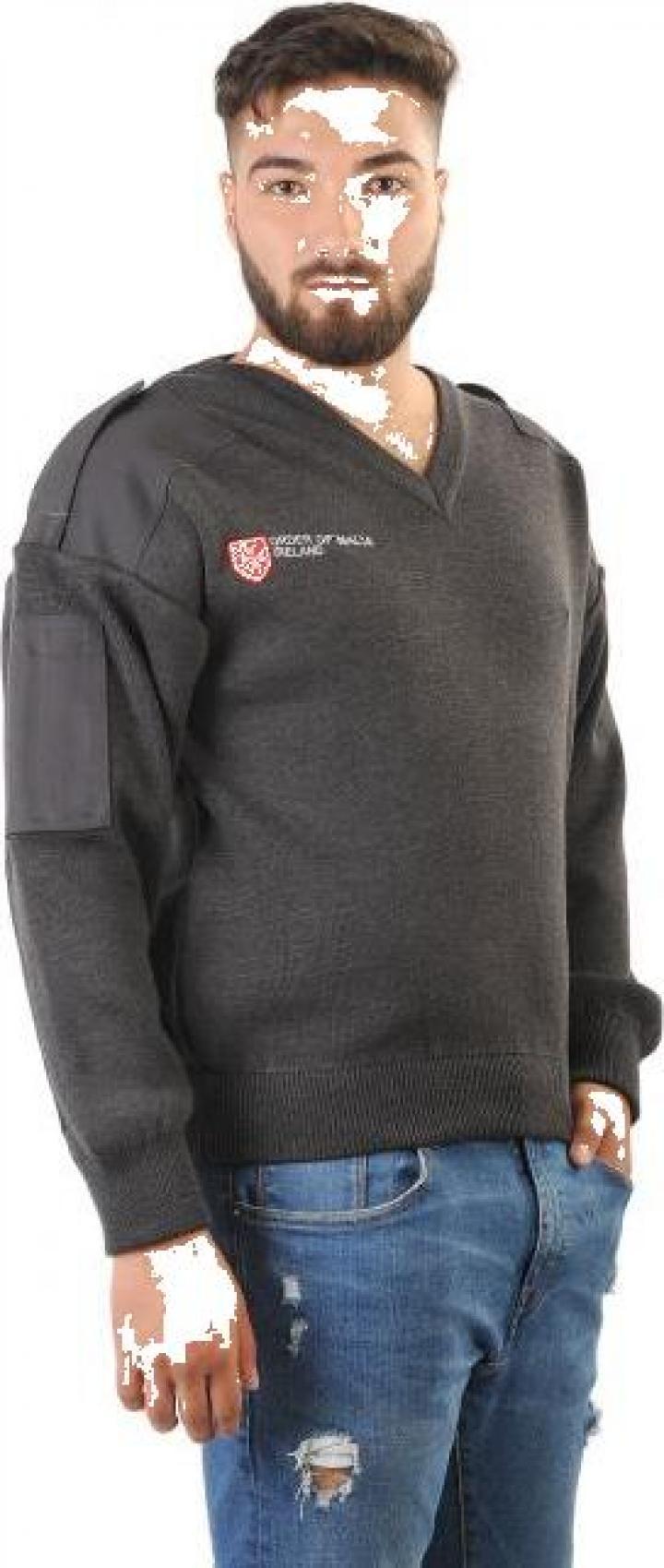 Pulover tricotat cu platca, cotiere si epoleti