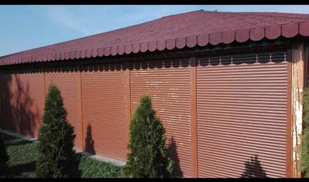 Usi de garaj cu lamela 77 mm