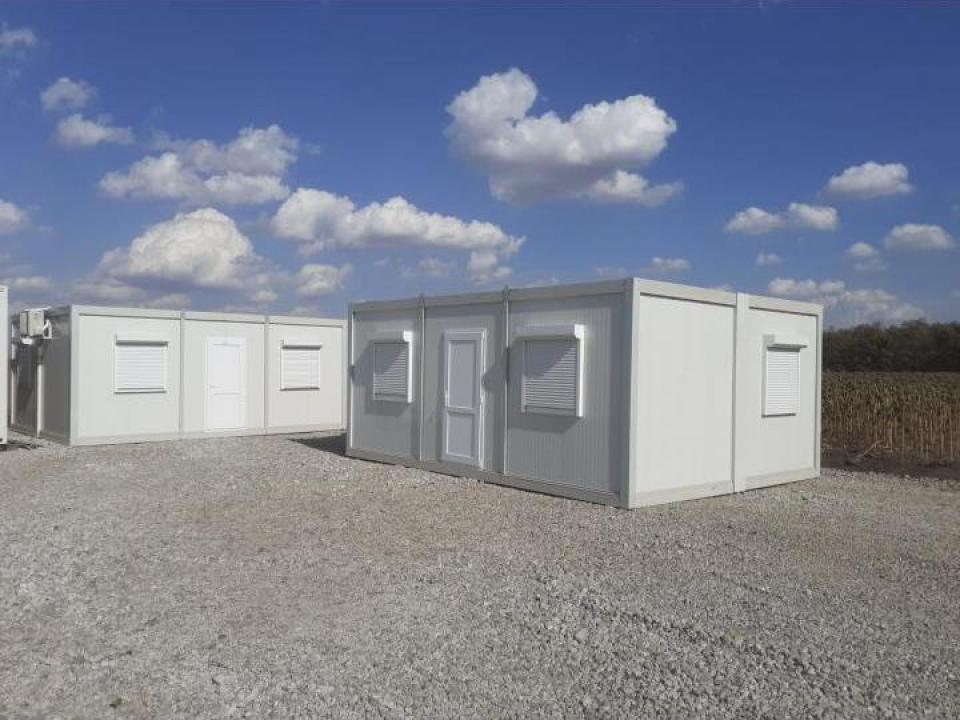 Containere de locuit dotate cu sanitare